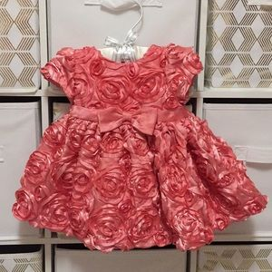 GORGEOUS baby girl dress for a special occasion!
